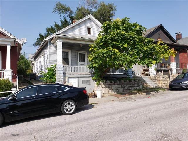 526 Tauromee Avenue, Kansas City, KS 66101 (#2245632) :: The Gunselman Team