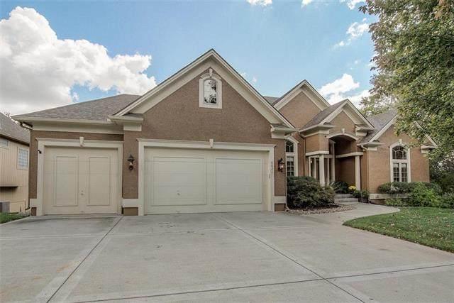 8821 N Glenwood Avenue, Kansas City, MO 64157 (#2245674) :: Dani Beyer Real Estate