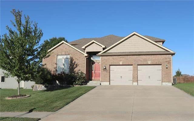 1220 Holland Square, Warrensburg, MO 64093 (#2245900) :: Dani Beyer Real Estate