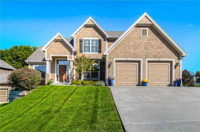 14410 NW 60 Place, Parkville, MO 64152 (#2245919) :: Dani Beyer Real Estate