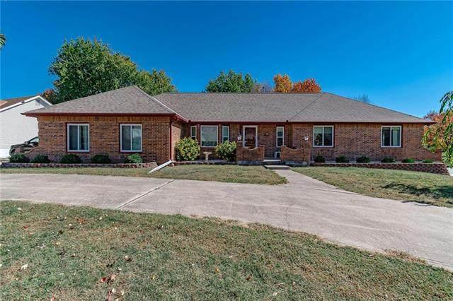 7001 N Agnes Avenue, Gladstone, MO 64119 (#2245947) :: Dani Beyer Real Estate