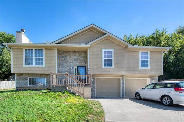 715 S Kisner Court, Independence, MO 64056 (#2245955) :: Dani Beyer Real Estate