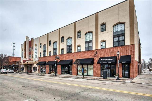 319 SE Douglas Street #107, Lee's Summit, MO 64063 (#2246119) :: Five-Star Homes