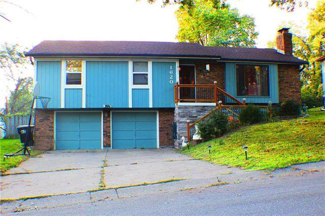 1620 N Glen Ellyn Street, Independence, MO 64056 (#2246196) :: The Gunselman Team