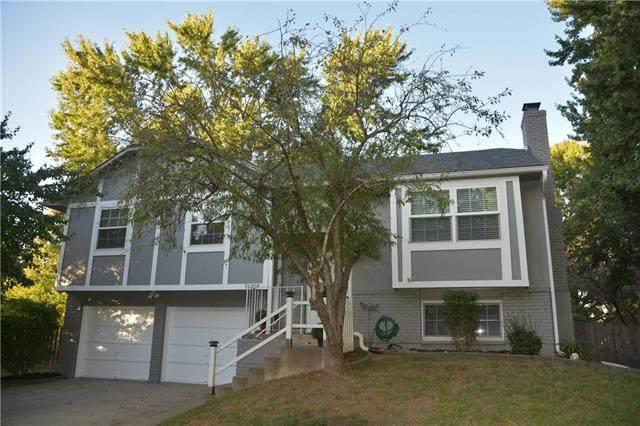 16308 W 125th Circle, Olathe, KS 66062 (#2246224) :: Five-Star Homes