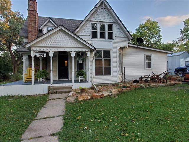 301 S 4th Street, Garden City, MO 64747 (#2246261) :: Five-Star Homes