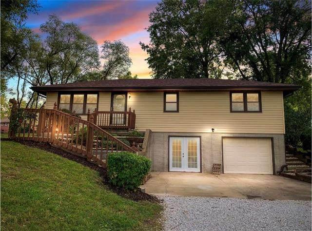 425 NW 144th Street, Smithville, MO 64089 (#2246291) :: Austin Home Team