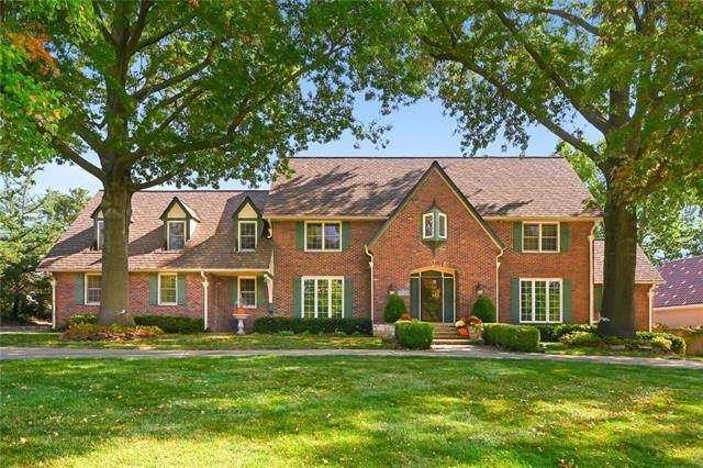 5218 W 98th Terrace, Overland Park, KS 66207 (#2246351) :: Edie Waters Network