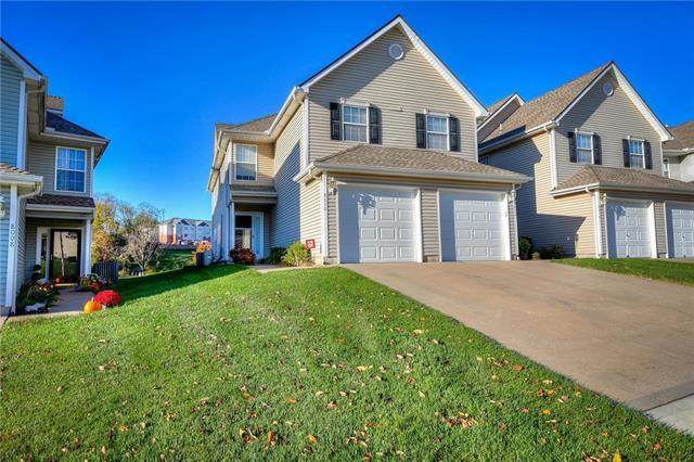 8010 N Elmwood Avenue, Kansas City, MO 64119 (#2246378) :: Five-Star Homes