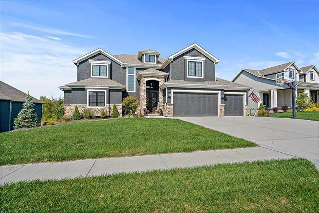8812 N Crescent Avenue, Kansas City, MO 64157 (#2246579) :: Dani Beyer Real Estate