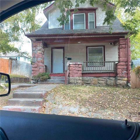 1210 E 40th Street, Kansas City, MO 64110 (#2246628) :: Ask Cathy Marketing Group, LLC