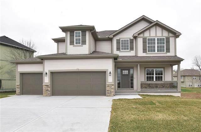 2403 NE 158th Street, Smithville, MO 64089 (#2246644) :: Eric Craig Real Estate Team