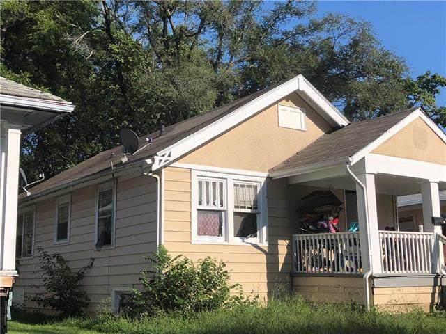 1824 E 73rd Street, Kansas City, MO 64132 (#2246667) :: Ron Henderson & Associates