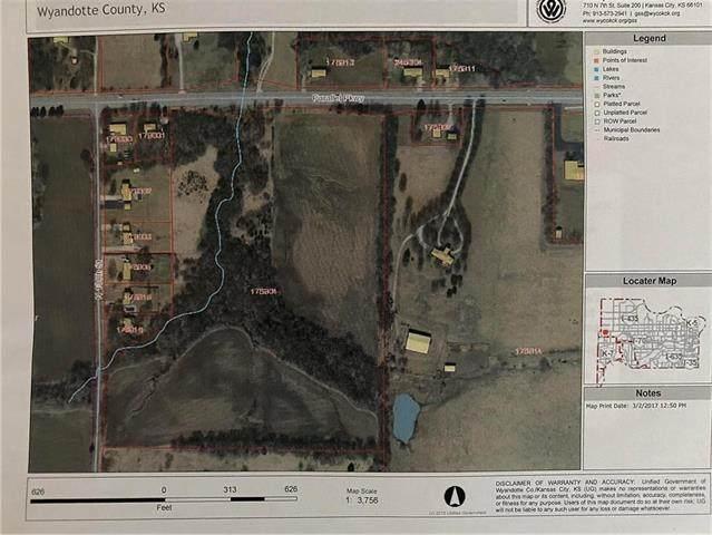 13205 Parallel Parkway, Kansas City, KS 66109 (#2246679) :: The Shannon Lyon Group - ReeceNichols