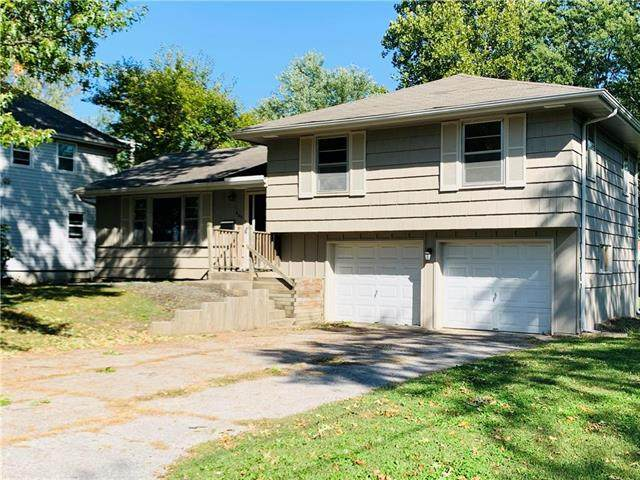 605 NE Corder Avenue, Lee's Summit, MO 64063 (#2246680) :: Dani Beyer Real Estate