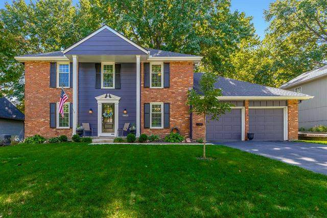 10825 W 101ST Street, Overland Park, KS 66214 (#2246711) :: House of Couse Group