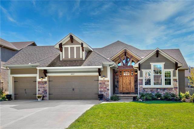 21837 W 176TH Terrace, Olathe, KS 66062 (#2246740) :: Dani Beyer Real Estate