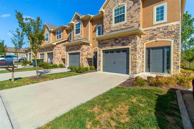 15845 Valley View Drive, Overland Park, KS 66223 (#2246798) :: Edie Waters Network