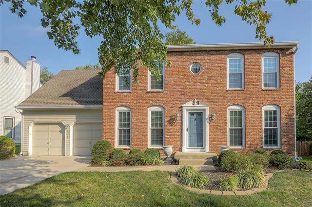 6220 W 121st Terrace, Leawood, KS 66209 (#2246804) :: Five-Star Homes