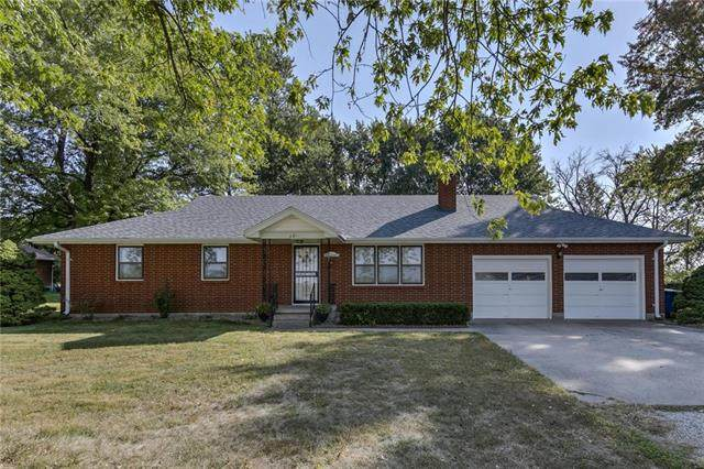 521 S La Frenz Road, Liberty, MO 64068 (#2246967) :: House of Couse Group