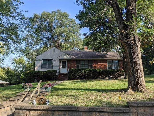 1130 Orchard Avenue, Liberty, MO 64068 (#2247009) :: Edie Waters Network