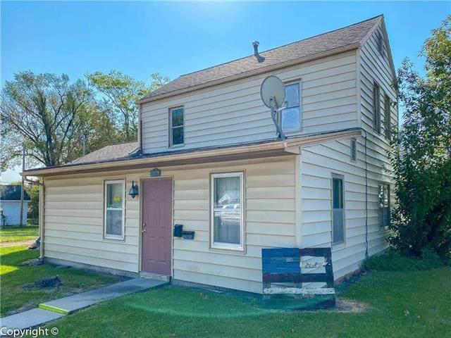 1200 E 6th Street, Sedalia, MO 65301 (#2247017) :: House of Couse Group