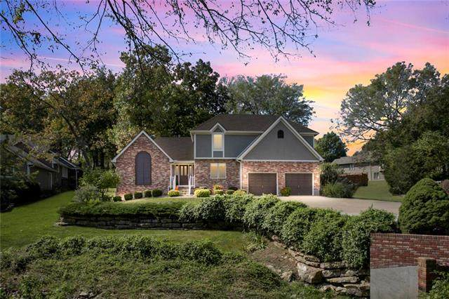 1903 SW Meyer Boulevard, Blue Springs, MO 64015 (#2247071) :: Five-Star Homes