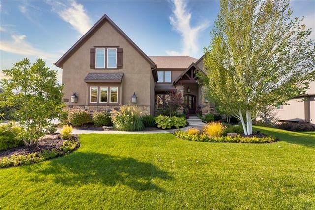 12166 S Belmont Drive, Olathe, KS 66061 (#2247110) :: House of Couse Group