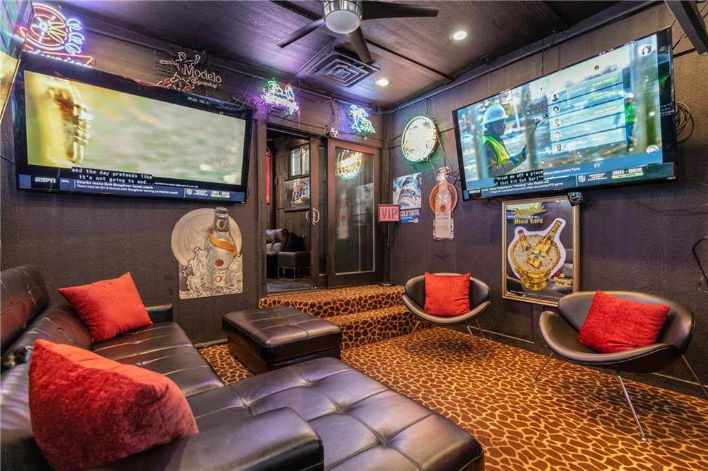 https://bt-photos.global.ssl.fastly.net/heartland/orig_boomver_1_2247135-2.jpg