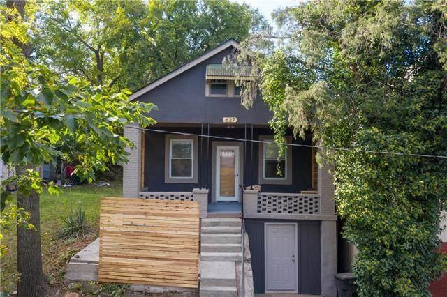 627 Sumner Avenue, Kansas City, KS 66101 (#2247136) :: Ron Henderson & Associates