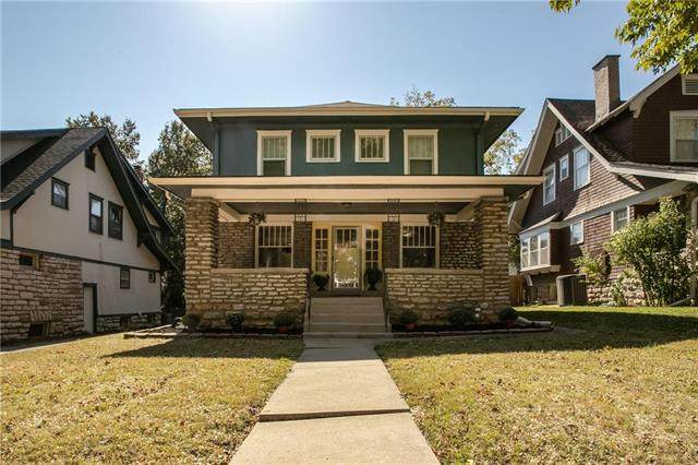 145 W 61st Terrace, Kansas City, MO 64113 (#2247213) :: Ask Cathy Marketing Group, LLC