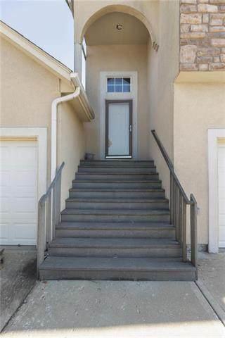 703 Woodson Lane, Gardner, KS 66030 (#2247275) :: Dani Beyer Real Estate