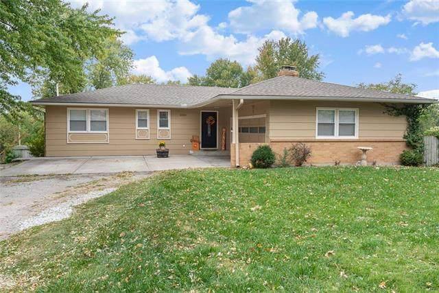 2550 S 45TH Terrace, Kansas City, KS 66106 (#2247474) :: Edie Waters Network