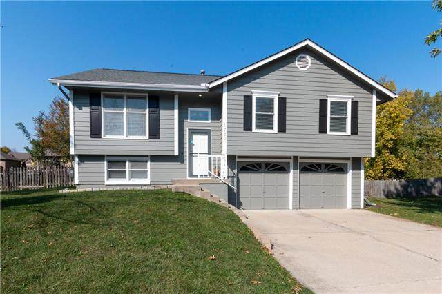 1720 NE Patterson Drive, Lee's Summit, MO 64086 (#2247522) :: Five-Star Homes