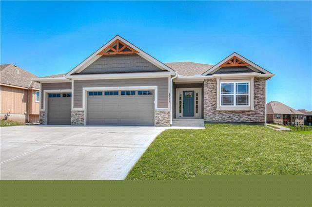 2104 Foxtail Drive, Kearney, MO 64060 (#2247566) :: Dani Beyer Real Estate