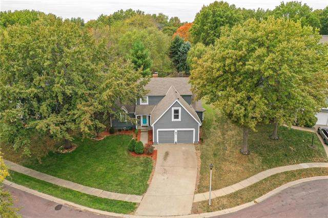 11512 Rosehill Road, Overland Park, KS 66210 (#2247640) :: Ask Cathy Marketing Group, LLC