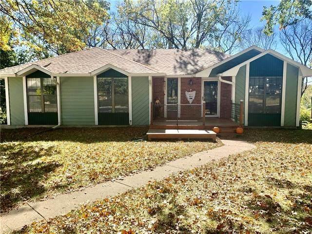 1026 Walnut Lane, Warrensburg, MO 64093 (#2247679) :: Austin Home Team
