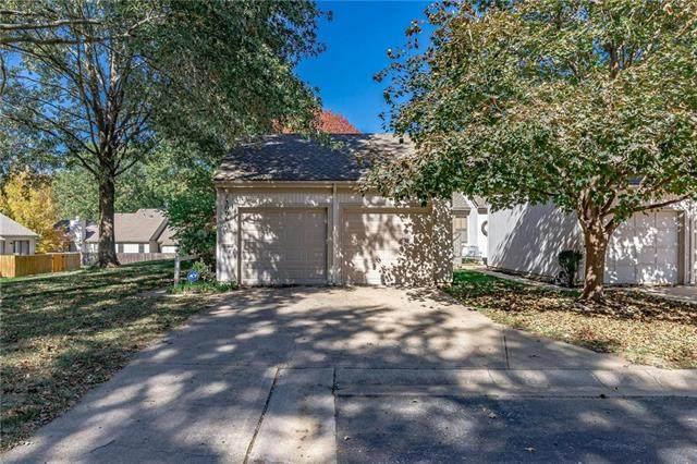 13006 W 66TH Terrace, Shawnee, KS 66216 (#2247746) :: Ron Henderson & Associates