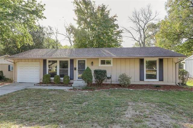 7725 Colonial Drive, Prairie Village, KS 66208 (#2247773) :: Team Real Estate