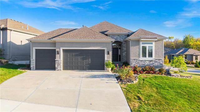 25509 W 98TH Street, Lenexa, KS 66227 (#2247801) :: Dani Beyer Real Estate