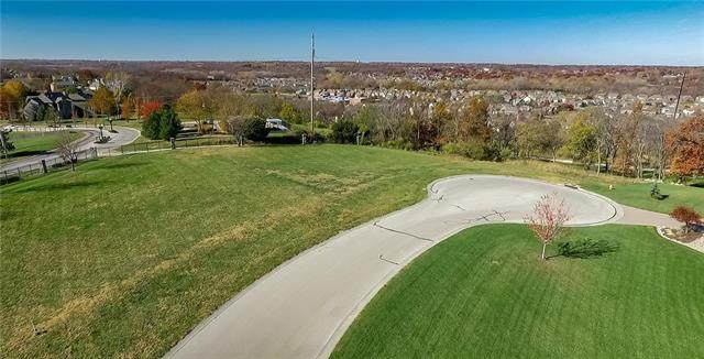 501 NE Promised View Drive, Lee's Summit, MO 64064 (#2247911) :: Five-Star Homes