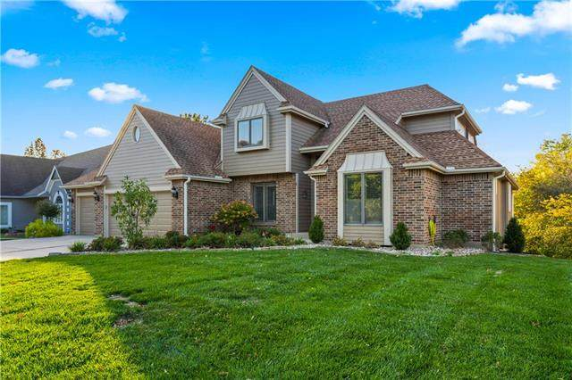 4904 S Tierney Drive, Independence, MO 64055 (#2247932) :: The Kedish Group at Keller Williams Realty