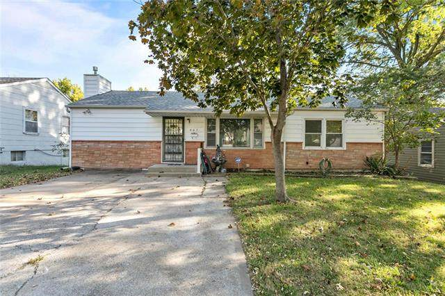 607 N Sunset Drive, Independence, MO 64050 (#2247934) :: Five-Star Homes