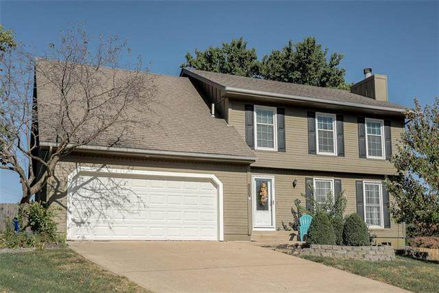 15107 W 83rd Terrace, Lenexa, KS 66219 (#2247944) :: The Shannon Lyon Group - ReeceNichols