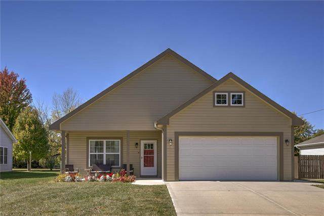905 Howenstein Avenue, Cameron, MO 64429 (#2247990) :: Ron Henderson & Associates