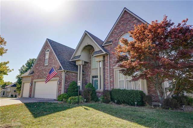 6200 N Kensington Court, Kansas City, MO 64119 (#2247996) :: Dani Beyer Real Estate