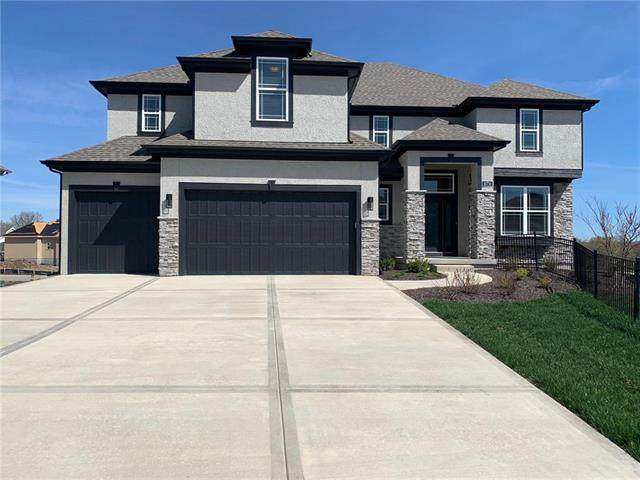 15651 W 165th Street, Olathe, KS 66062 (#2248001) :: Ron Henderson & Associates