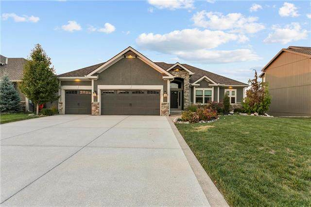 4600 NW Montebella Drive, Riverside, MO 64150 (#2248040) :: Dani Beyer Real Estate