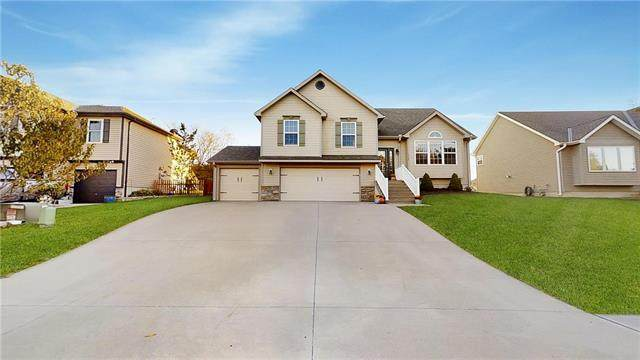 15355 NW 131 Street, Platte City, MO 64079 (#2248047) :: Ron Henderson & Associates