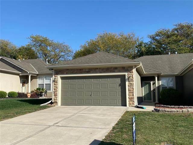 1219 N 132ND Street, Kansas City, KS 66109 (#2248057) :: Austin Home Team